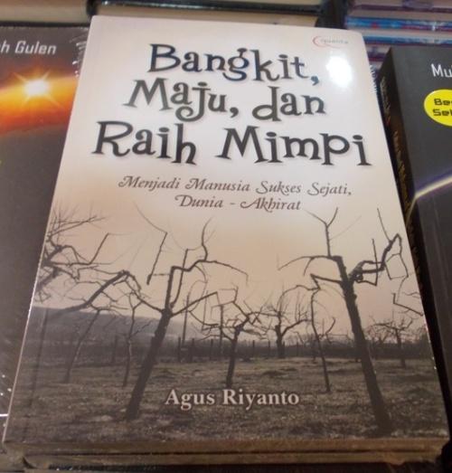 Dapatkan segera di Toko Buku Gramedia mulai 6 Maret 2013